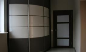Радиусный шкаф-купе по индивидуальному проекту