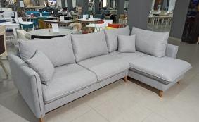 Угловой диван в скандинавском стиле