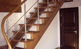 Лестницы на двух косоурах