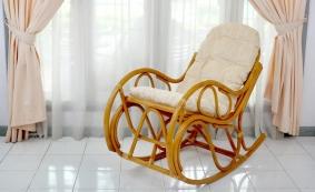 Кресло-качалка с подножкой арт.0517